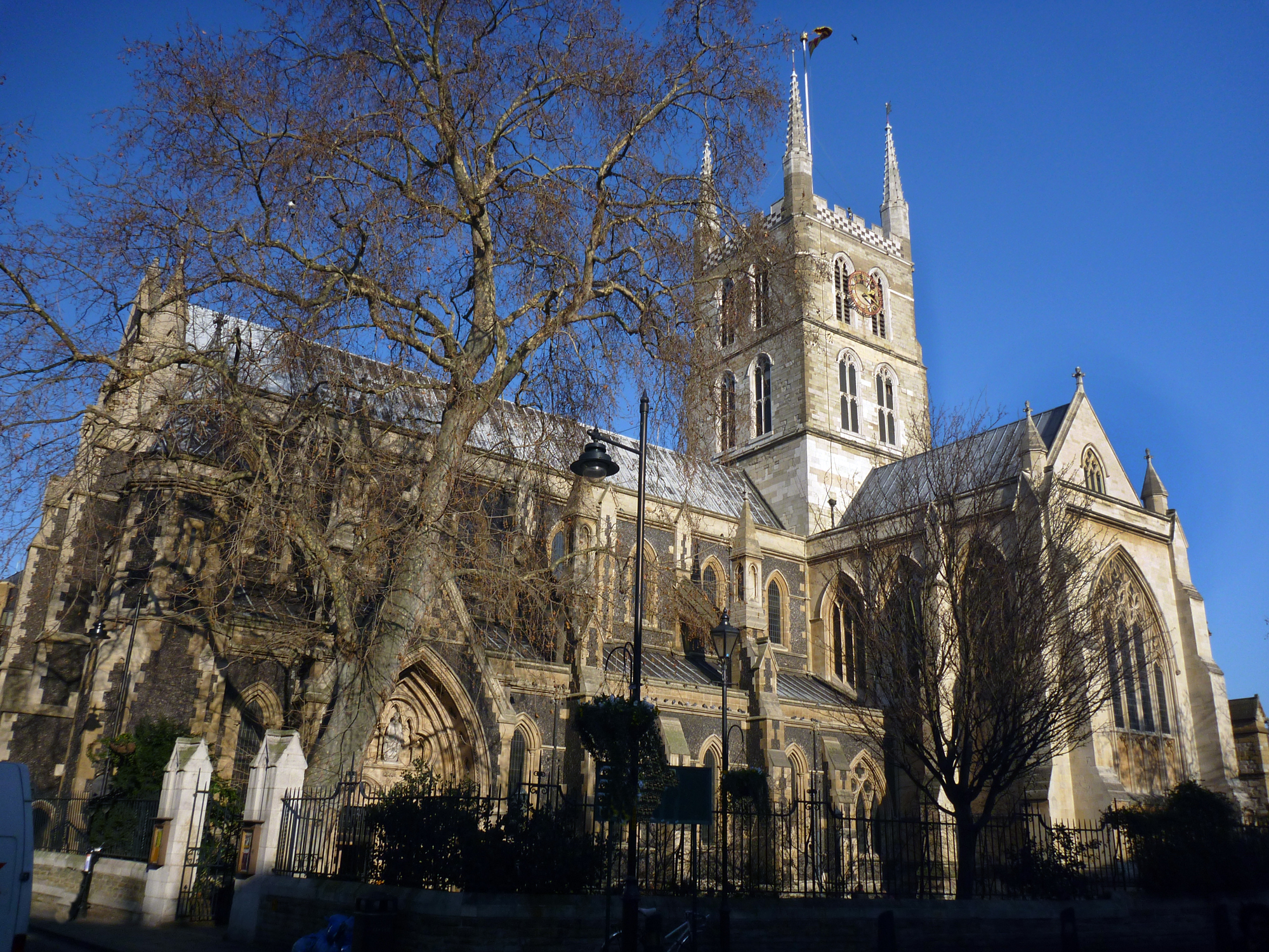 SOUTHWARK CATHEDRAL_2