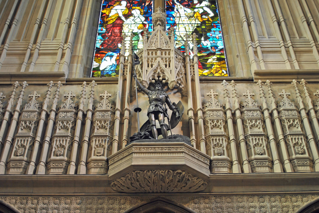 Tracery screen at the Baptistry worked in Caen stone was installed in November 1890.